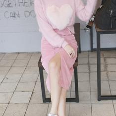 FAIRY'S SHARE 的 粉紅愛心毛衣