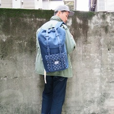 HERSCHEL SUPPLY CO. 的 後背包