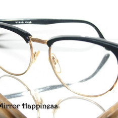 MIRROR & MIRROR HAPPINESS 的 復古老爺眼鏡
