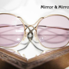 MIRROR & MIRROR HAPPINESS 的 阿罵的眼鏡