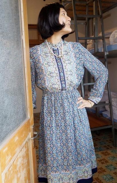 REREBURN: 的 復古/典雅/圖騰/深藍色雪紡長袖古著洋裝