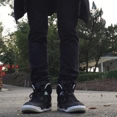 JORDAN  的 籃球鞋
