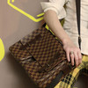 LOUIS VUITTON 的 肩背包