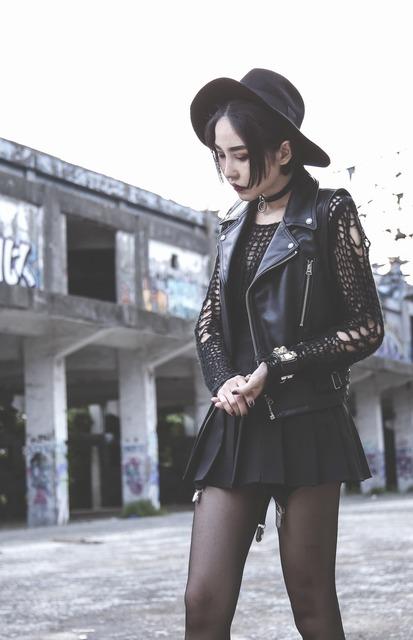 H&M 的 女巫帽
