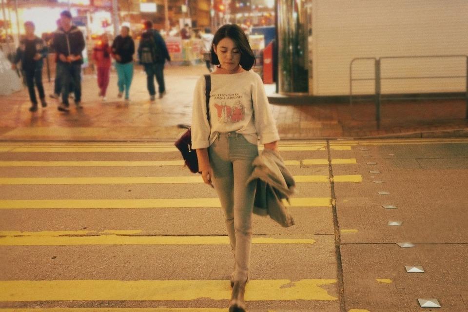 H&M 的 牛仔裤