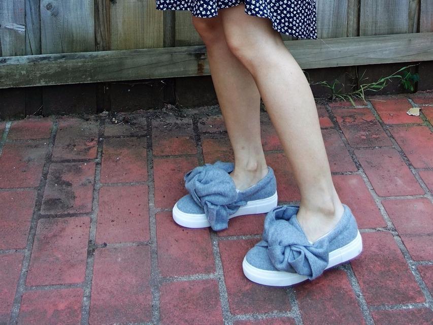 無品牌 的 懶人鞋