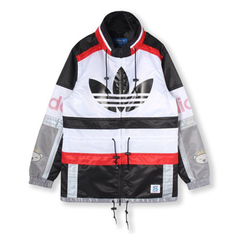ADDIDAS 的 JAPAN NIGO BLOCKED PARKA JACKET