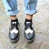 KOREA//KM PLAY 的 休閒雕花皮鞋