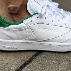 REEBOK 的 復刻經典白鞋  CLUB C 85 EL
