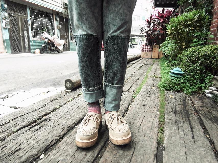 OVERKILL  的 牛仔褲
