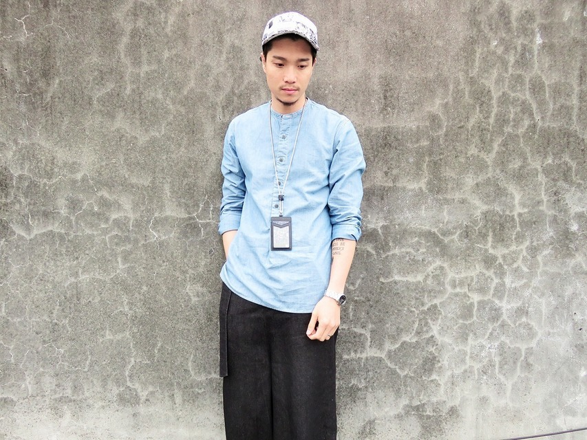 UNIQLO AND LEMAIRE 的 襯衫