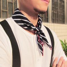 PUREEGO 的 領巾