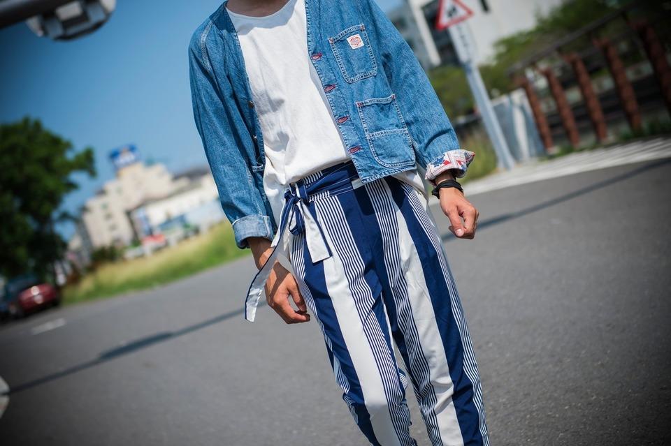 BEACH VINTAGE 的 直條紋褲細節
