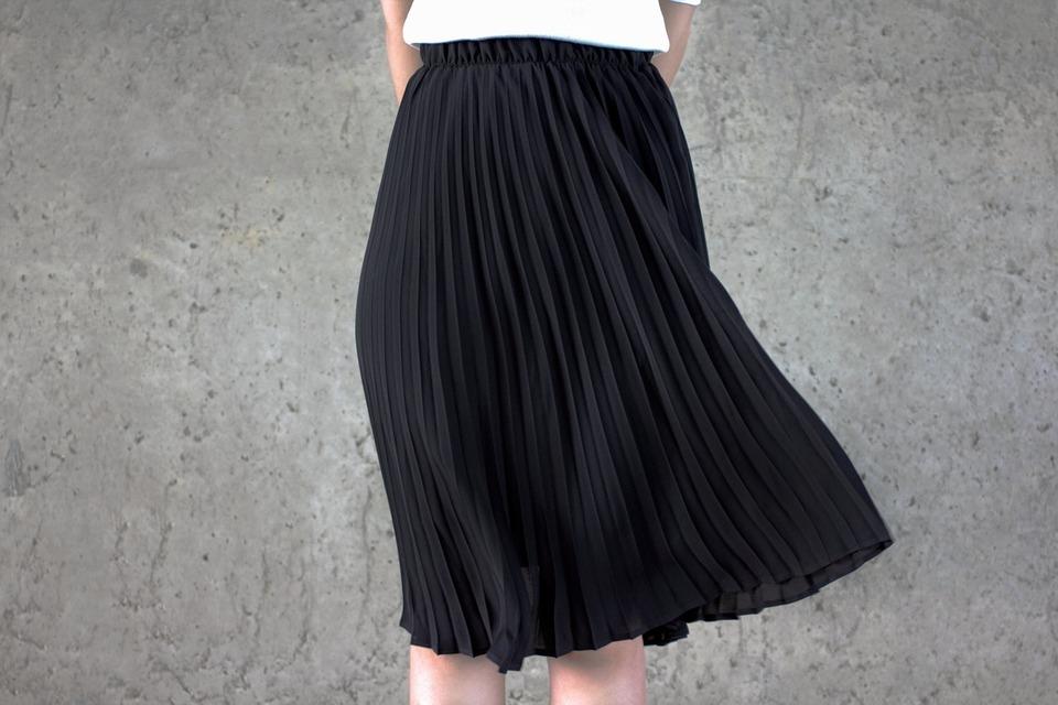 TRIANGLEPLUS 的 基本百褶裙