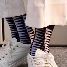 手手市集 的 條紋襪