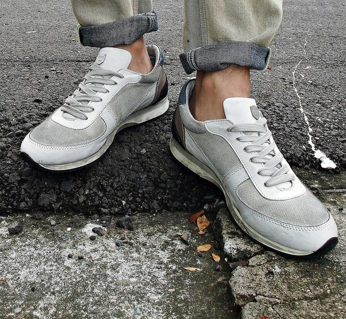ANTONY MORATO 的 仿舊麂皮運動鞋