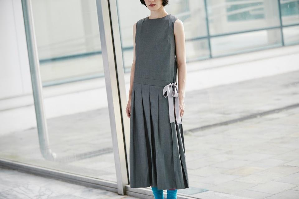 HELLO PHOEBE 的 中低腰側綁帶百折長洋裝