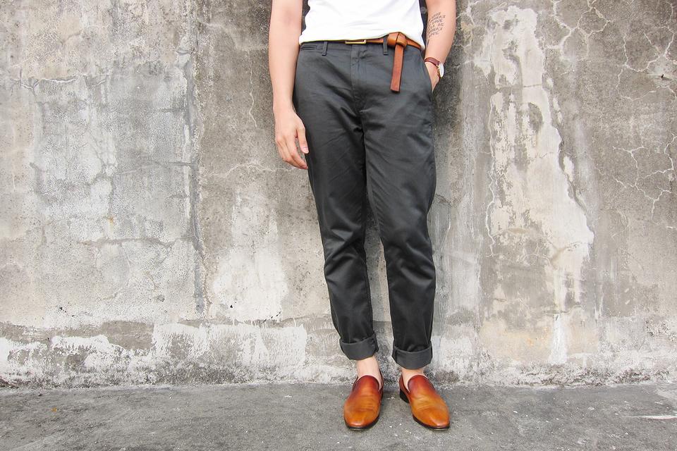 UNIQLO AND LEMAIRE 的 休閒西裝褲