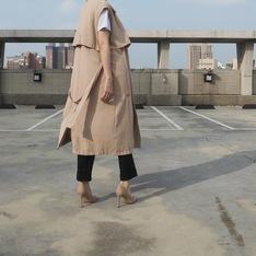 木易木易 的 高質感輕薄風衣背心