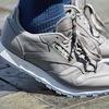 皮革運動鞋
