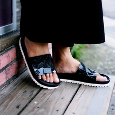 UNITEDNUDE 的 拖鞋