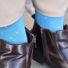 林果良品 的 點點襪