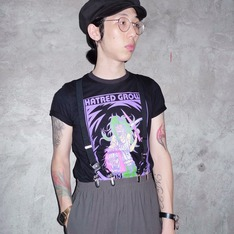 BY ME 的 T-SHIRT