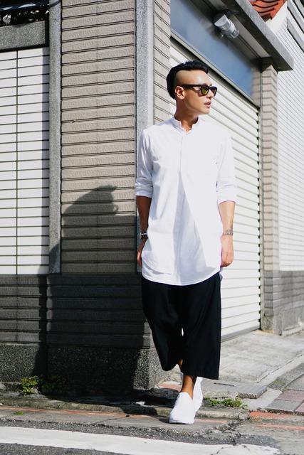 ZARA 的 白襯衫