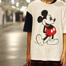 VOTE MAKE NEW CLOTHES 的 OVERSIZED TEE