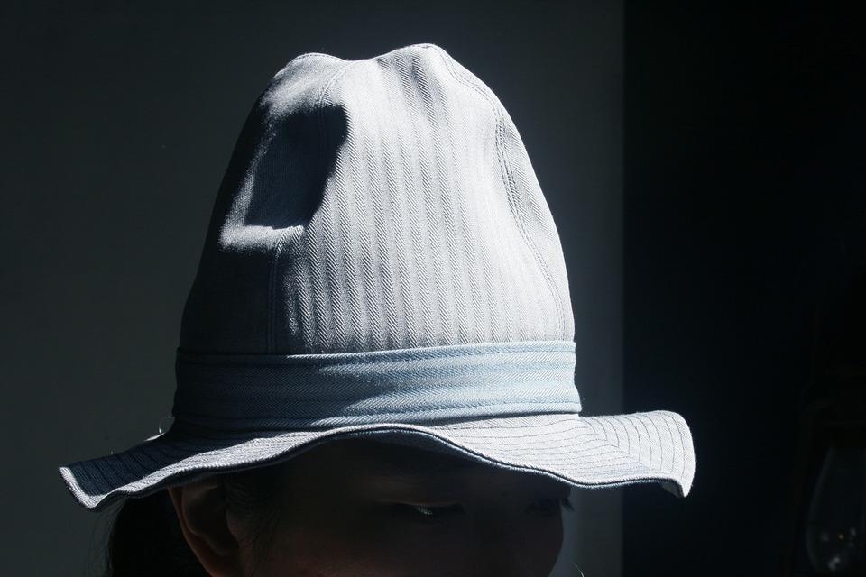 OMAKE 的 BIO HAT