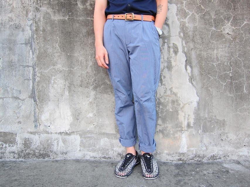UNIQLO 的 休閒西裝褲