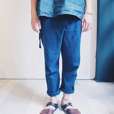 OMAKE 的 亞麻改良漁夫褲