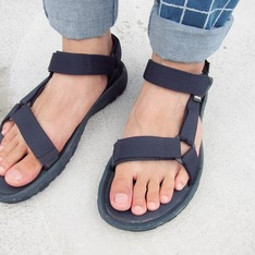 TEVA X BEAUTY & YOUTH 的 涼鞋