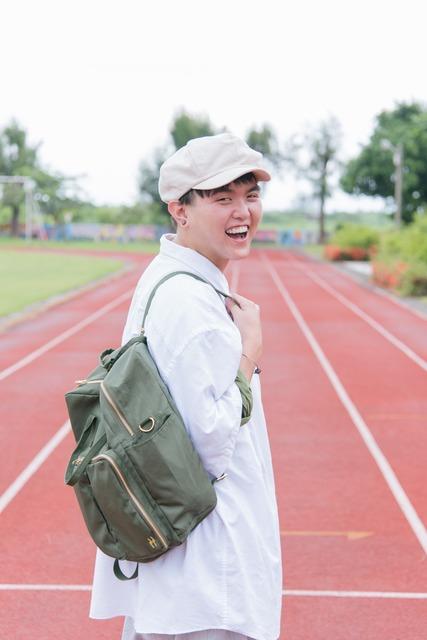 PLAIN-ME 的 後背包