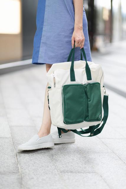 PLAIN-ME 的  3WAY多用途開心後背包