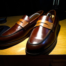 H&M 的 PENNY LOAFER