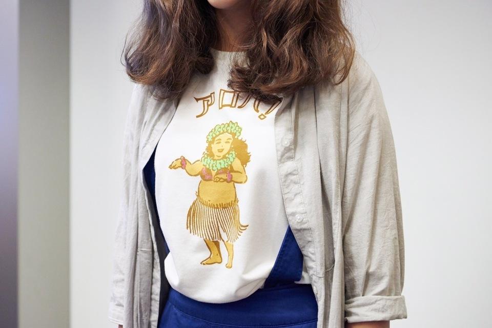 E HYPHEN WORLD GALLERY 的 短袖T恤