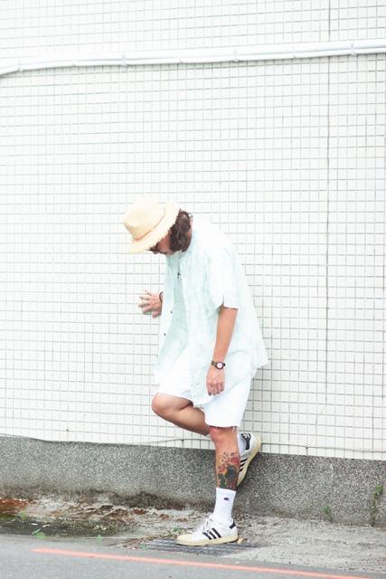 LEVI'S 的 LEVI'S白色牛仔短褲