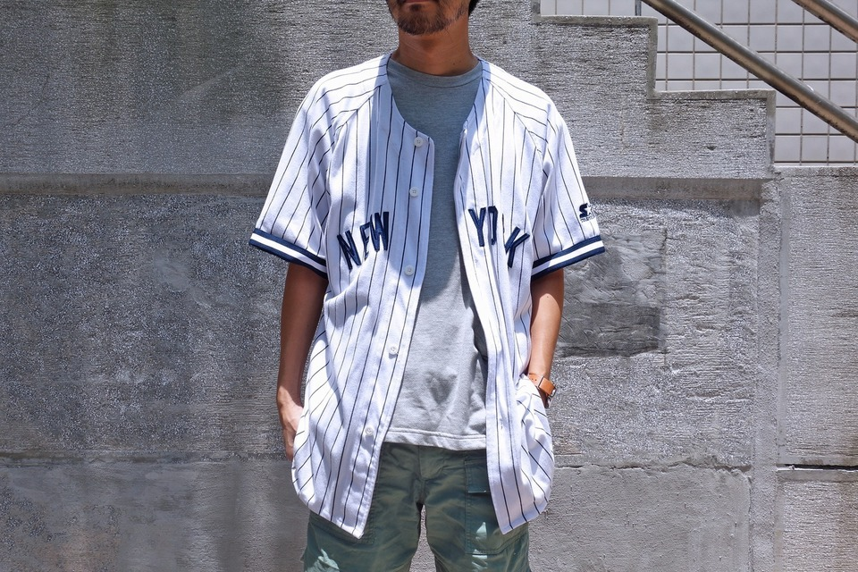 MAJESTIC 的 棒球衣