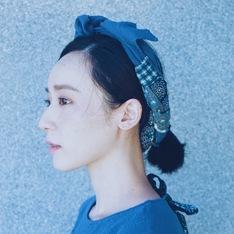 HELLO PHOEBE 的 竹節花柄髮帶