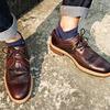 CLARKS 的 皮鞋
