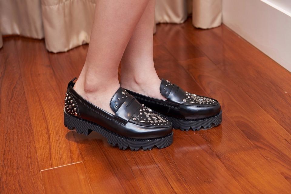 ASH 的 ASH 的鞋子
