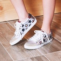 ASH 的 鞋子