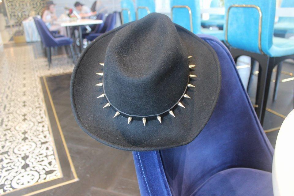 生日禮物 的 卯釘帽