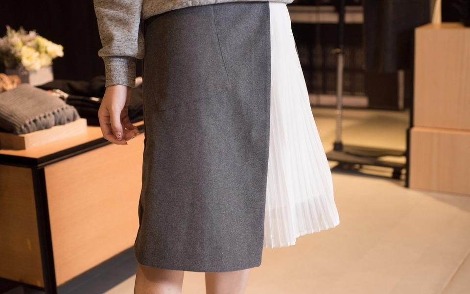 IZZUE 的 異材質拼接裙