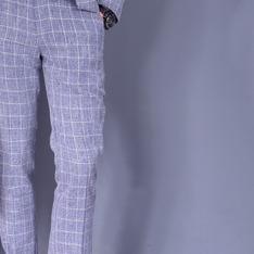 TM時間男人 的 輕麻料修形格紋西裝褲