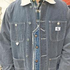 CALVIN KLEIN 的 牛仔外套