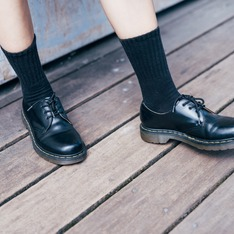 DR. MARTENS 的 DR.MARTENS黑色3孔靴