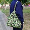 BAPE 的 帆布包
