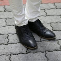 OPUS TWO 的 牛津雕花皮鞋